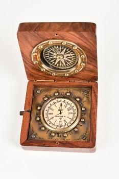 Mosazný kompas s hodinami Sparrow
