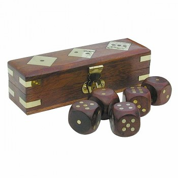 Kostky v dřevěném boxu Monte Carlo 5 ks