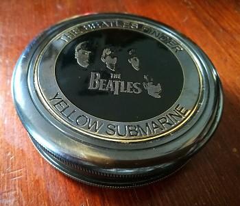Mosazný kapesní kompas Beatles Liverpool