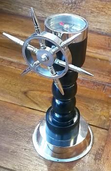 Stolní kormidlo s kompasem black