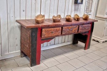 Ručně vyřezávaná teaková komoda Bali