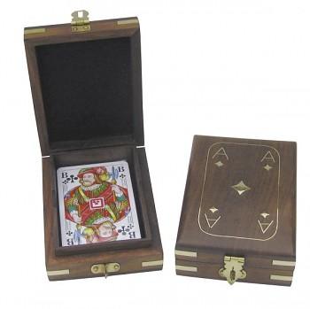 Karty v dárkovém boxu