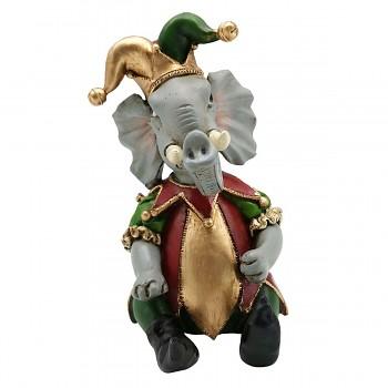 Slon v šaškovském kostýmu