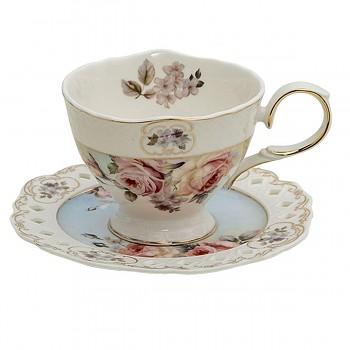 Porcelánový šálek s podšálkem