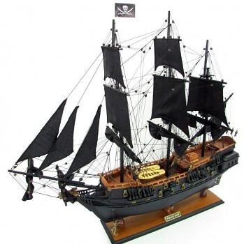 Pirátská loď Černá Perla