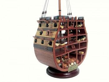 Model řez britské plachetnice H.M.S.Victory