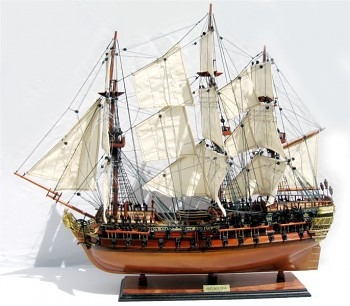 Model lodi HMS Bellona