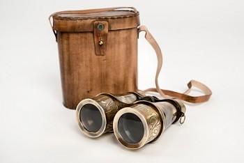 Elizabeth binokulární dalekohled z antické mosazi