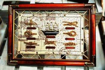 Deska s lodními uzly dřevo/plachta s plachetnicí