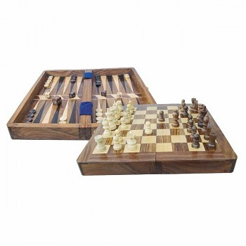 Šachy a vrhcáby (backgammon) v dřevěném boxu